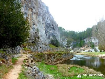 Cañón Río Lobos; trekking mochilas; camino de santiago;grupos pequeños